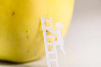 Apple and people made of paper - бесплатный image #337855