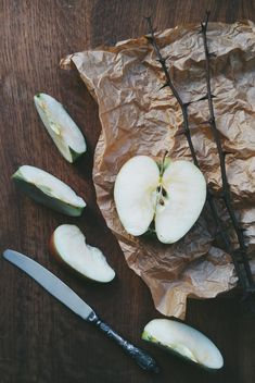 Apple slices, knife and twigs - Free image #337885