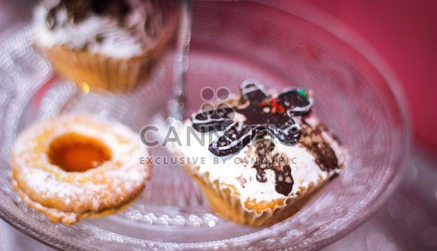 Beignet de Noël sur la table - image gratuit #341535