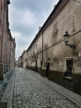 Architecture on old street of Poznan, Poland - Kostenloses image #347785