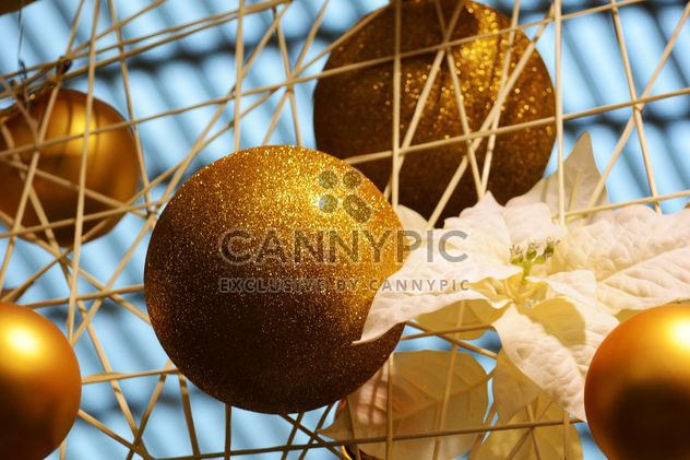 Gold Christmas decorations closeup - Free image #348435