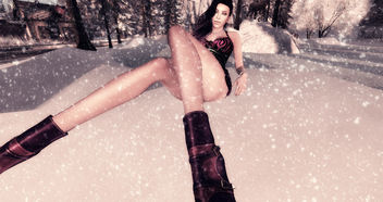 LOTD 32: Winter Flakes (new release and gifts) - Free image #409415
