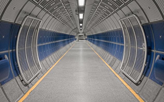 Entrances and exits - Kostenloses image #426985
