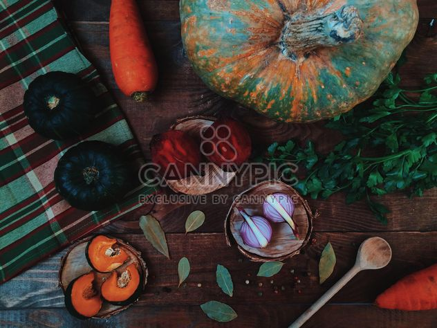 Ripe vegetables, spices and parsley - image #136565 gratis