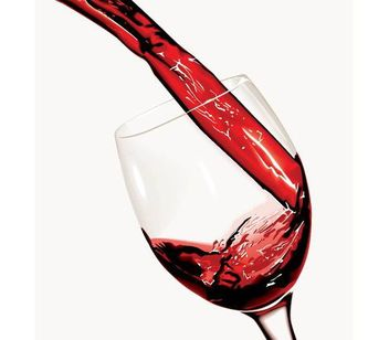 Red Wine Pouring in the Glass - vector gratuit #182045