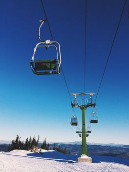 Cableway in winter mountains - image #183975 gratis