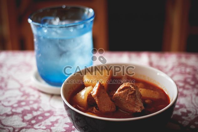 Stewed meat in bowl - image #186115 gratis