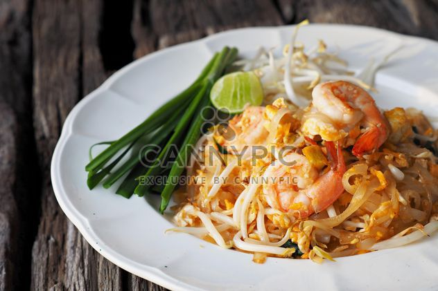 Thai noodle in the plate - Free image #186995