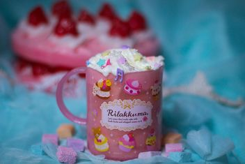 Pink cup with glitter - image #200995 gratis