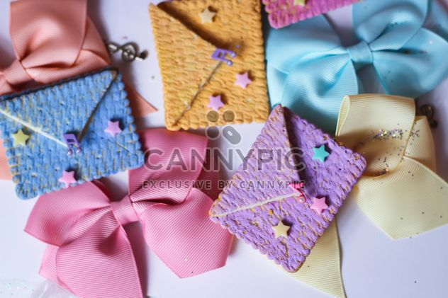 Cookies With A colorful Bows - Free image #201025