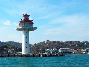 Lighthouse at Sichang Island. - image #201495 gratis