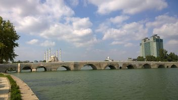Old Roman Bridge - image #273025 gratis