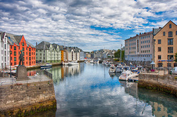 Colorful Alesund (Norway) - image gratuit #286875