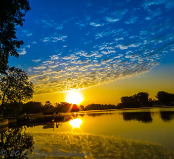 Sun Rising On the Water - image gratuit #288285
