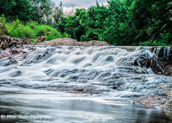 Falls at Fountain Creek Nature Center. Fountain, CO - бесплатный image #293525