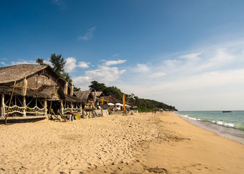 Beautiful beach on the island Ko Lanta, Thailand - image gratuit #297295