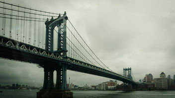Manhattan Bridge, East River, Brooklyn - image #300975 gratis