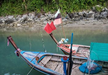 Fishing boats near the shore - image #301705 gratis