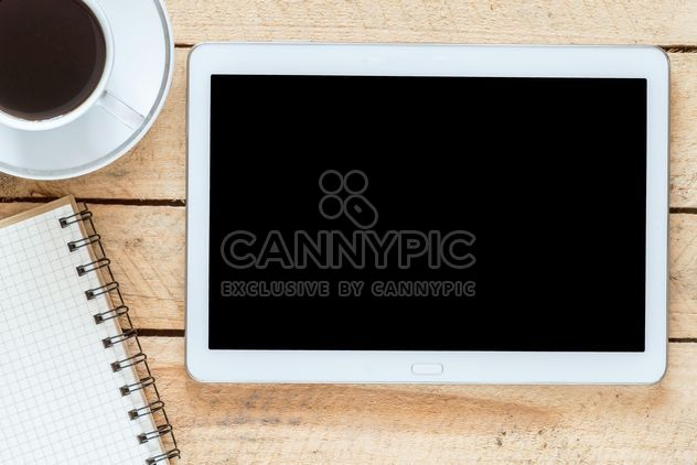 Tablet pc and a coffee - Free image #302285