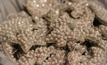 Christmas decoration pearls - image #302375 gratis