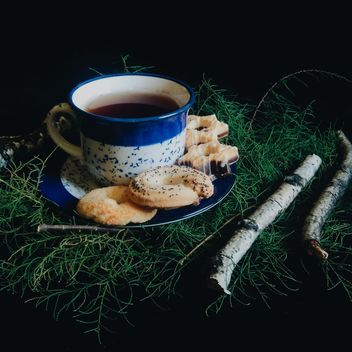 Black tea and cookies - image gratuit #302865