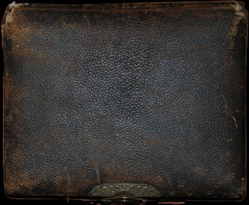 Old Leather Photo Album - image gratuit #311155
