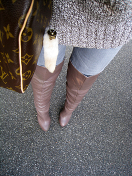 taupe over the knee boots+gray jeans+chunky knit sweater+louis vuitton speedy bag - image #314515 gratis