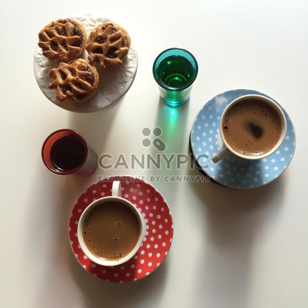 two coffee cups - image gratuit #317405