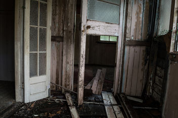Abandoned and Rotting - Free image #320415