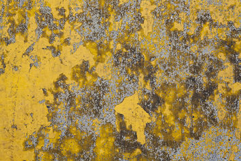 yellow paint on concrete median - Free image #324125