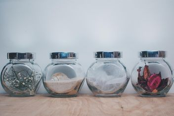 Small jars with decorations - бесплатный image #327315