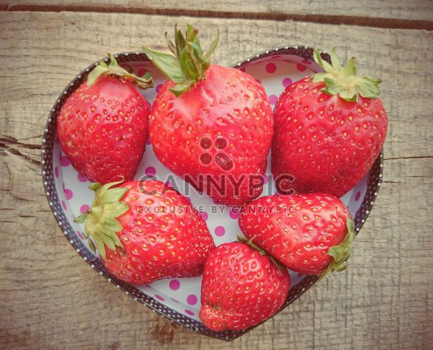 Strawberries in a bowl - Free image #330695