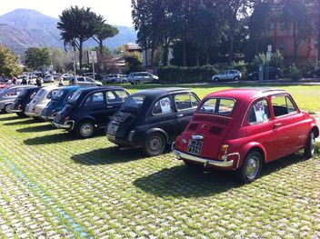 Colorful Fiat 500 Roma cars - image gratuit #331205