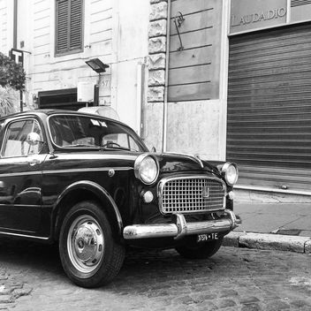 Old Fiat 1100 car - image #331515 gratis
