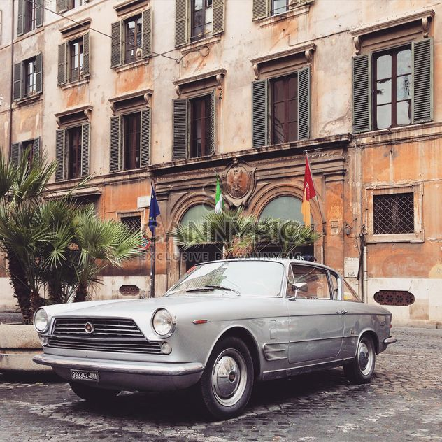 Old Fiat 2300 car - Free image #332285