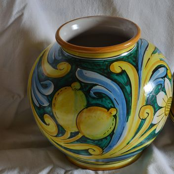 painted ceramic vases - image #333805 gratis