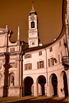 Architecture of italian church - Free image #334715