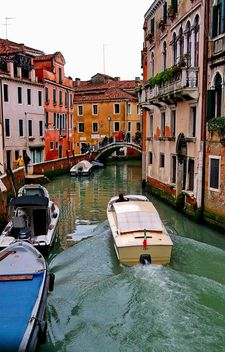 Boats on Venice channel - Free image #334975