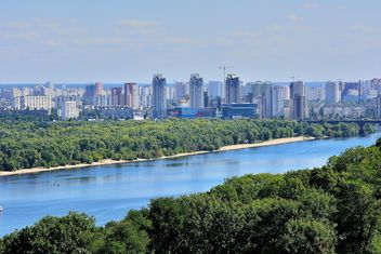 The views of the Dnipro and left shore of Kiev - бесплатный image #335075