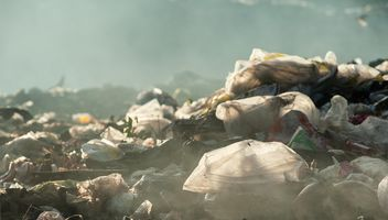 Pile of waste and trash - image #337515 gratis