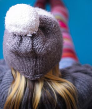 Girl in grey woolen hat - image #342125 gratis