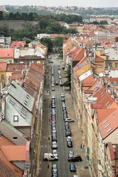 View on architecture and cars in street of city - image gratuit #348605