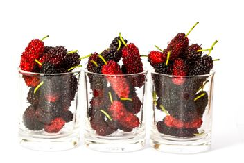 Fresh mulberries in glasses - image #428785 gratis