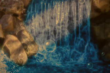 waterfall and bubbles - image gratuit #453285