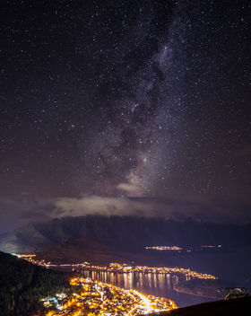 Milky way above Queenstown New Zealand - бесплатный image #455485