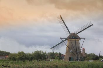 Holland - windmills of Kinderdijk - image #457495 gratis