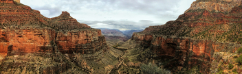 Cloudy Morning Over Bright Angel Trail - image gratuit #459135
