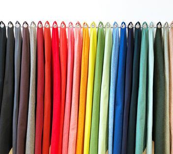 colors in a row - image gratuit #459625