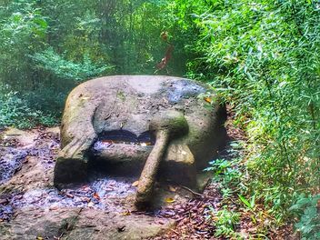 An ancient prayer sculpture, Coffee forest, Shanghai, China - бесплатный image #459985