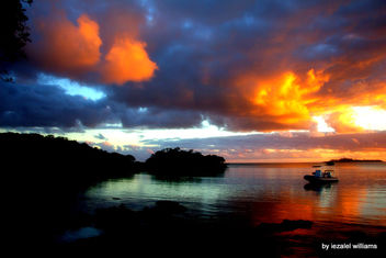 Pacific Sunset by iezalel williams - Isle of Pines in New Caledonia - IMG_7592 - Canon EOS 700D - Kostenloses image #461825